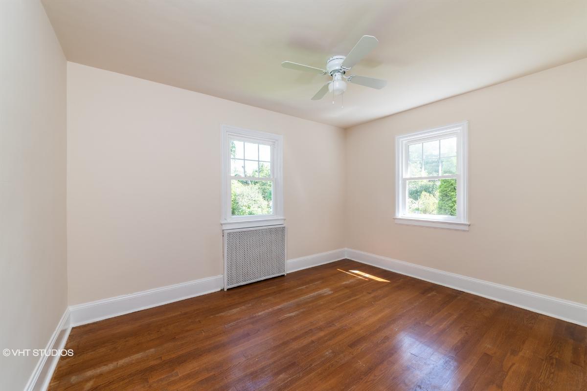 653 Penn Ave, Teaneck, New Jersey