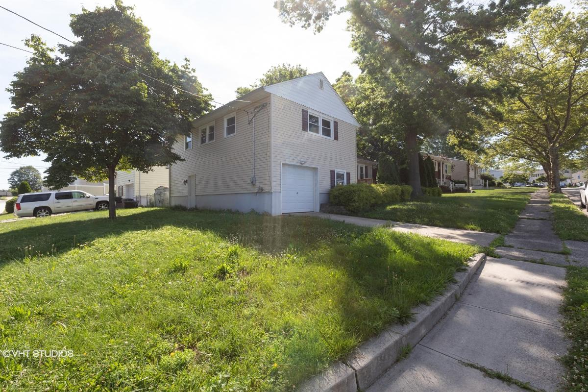 18 Sheinfine Ave, South River, New Jersey
