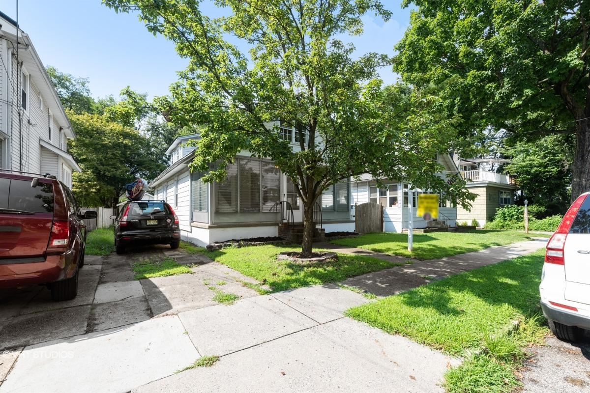 131 E Wayne Ter, Collingswood, New Jersey
