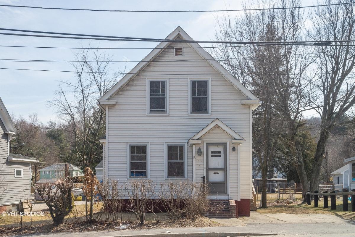 13 Southbridge St, Auburn, Massachusetts
