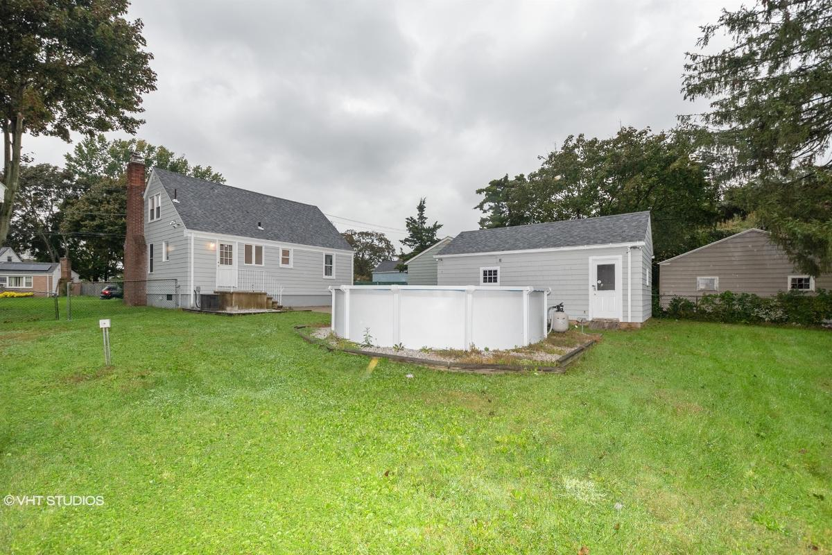 147 Estelle Rd, East Haven, Connecticut