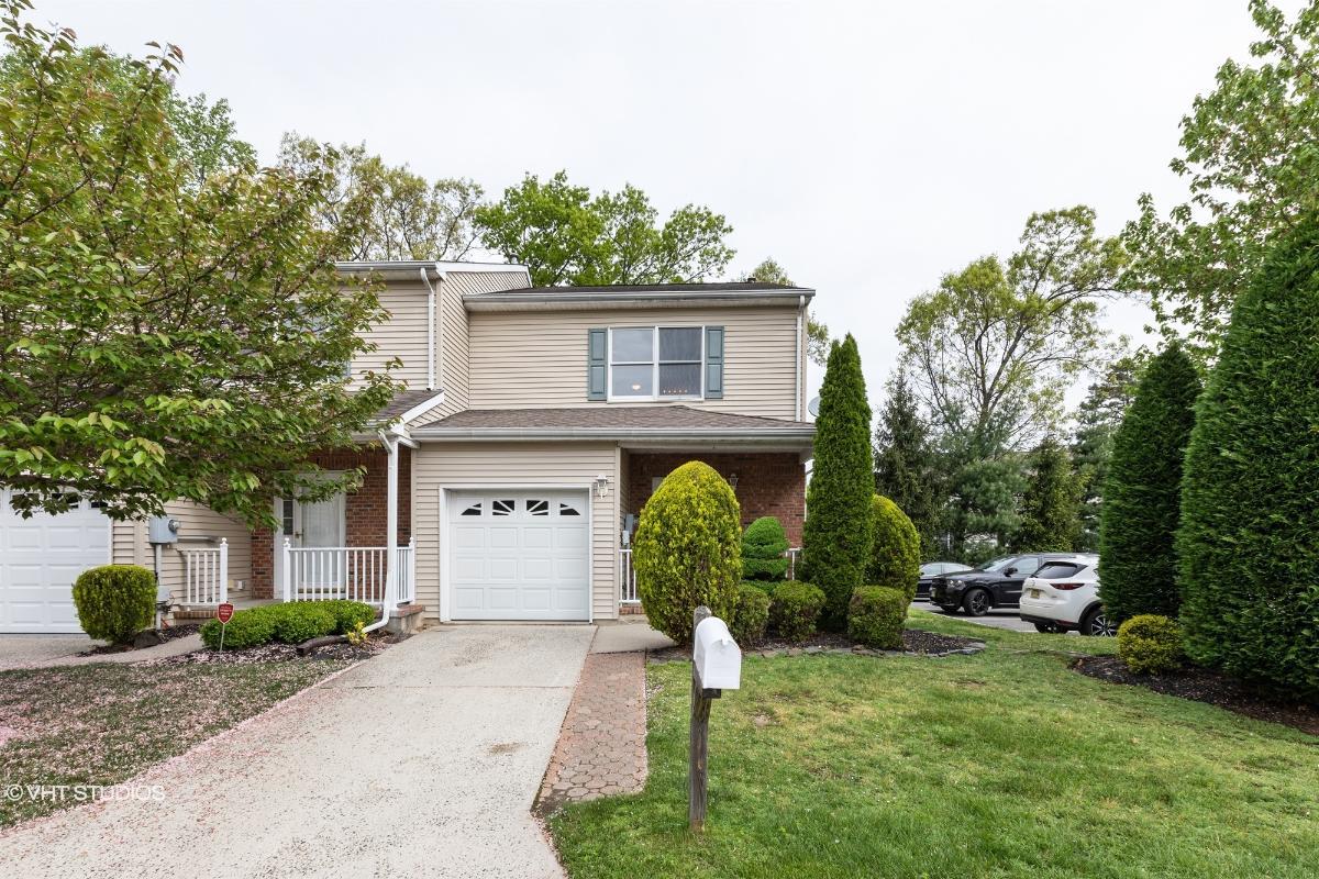 15 Goldsmith Drive, Spotswood, New Jersey