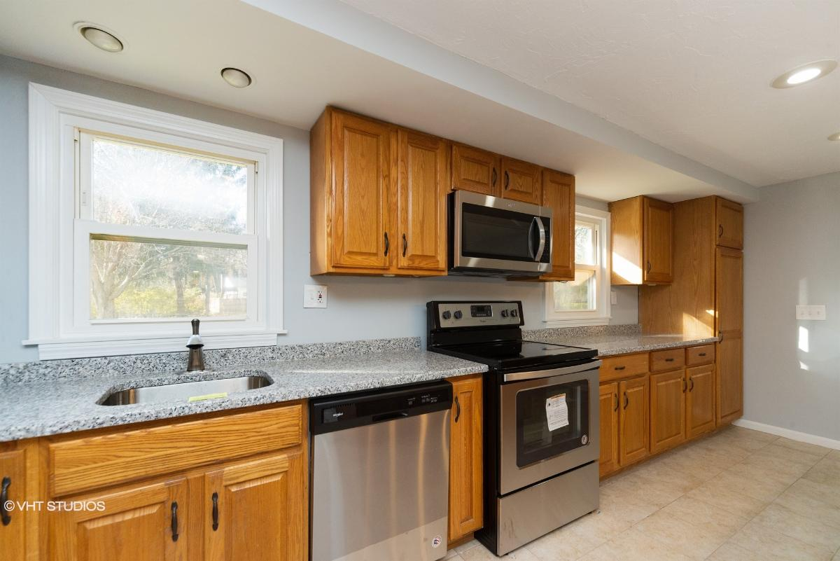 167 Sterling St, West Boylston, Massachusetts