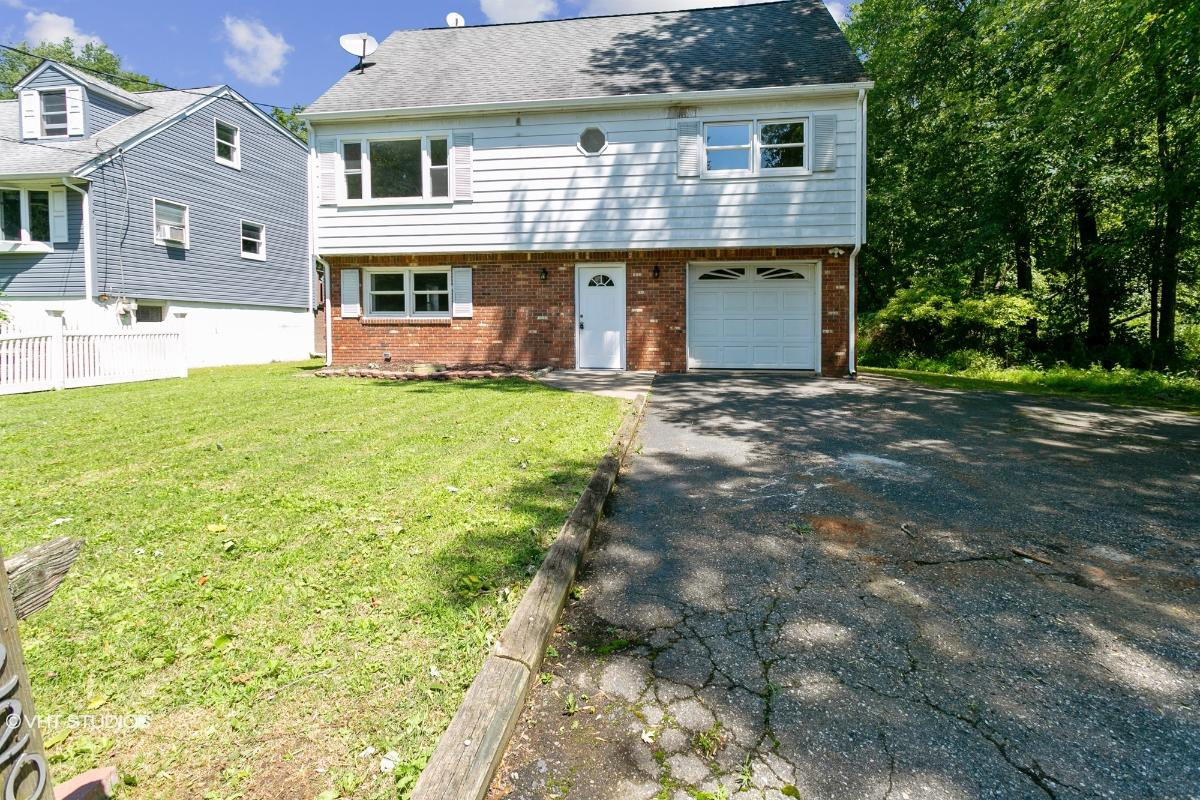 220 Dorsa Ave, Wayne, New Jersey