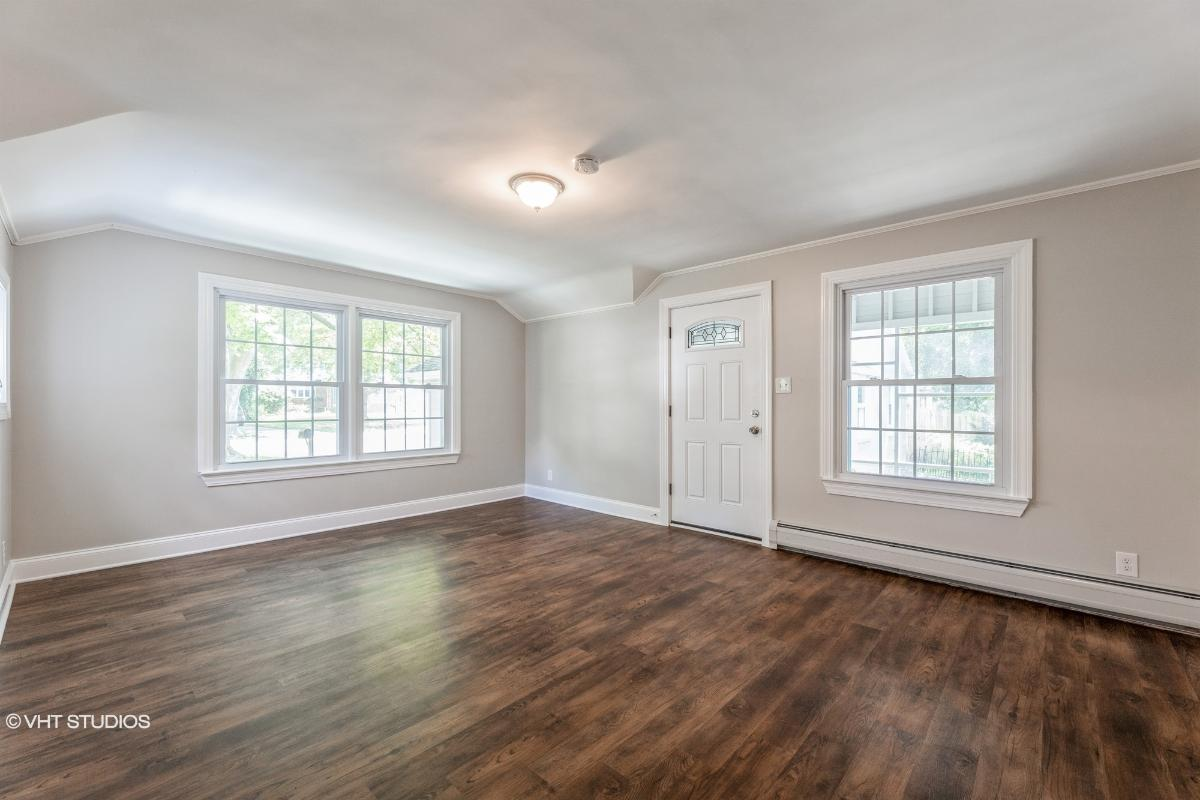 490 Riverside Ave, Rutherford, New Jersey