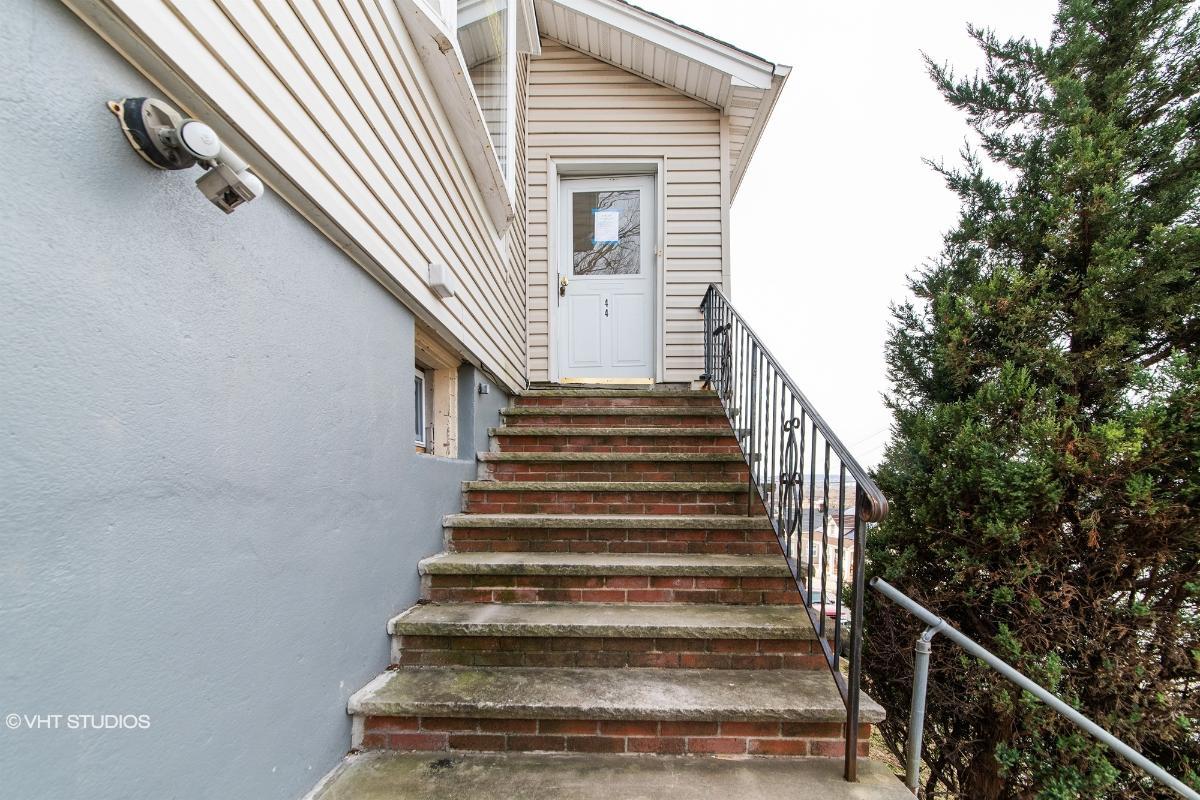 44 Sampson St, Garfield, New Jersey