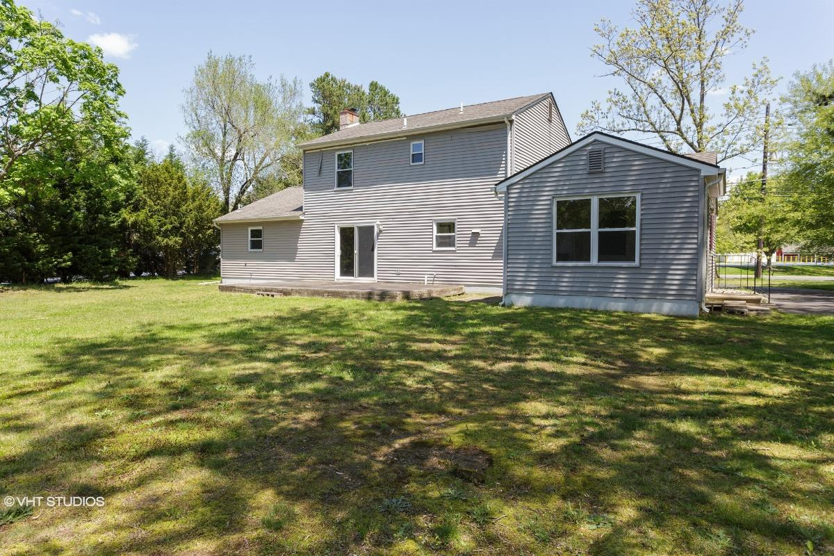 625 Mount Laurel Rd, Mount Laurel, New Jersey