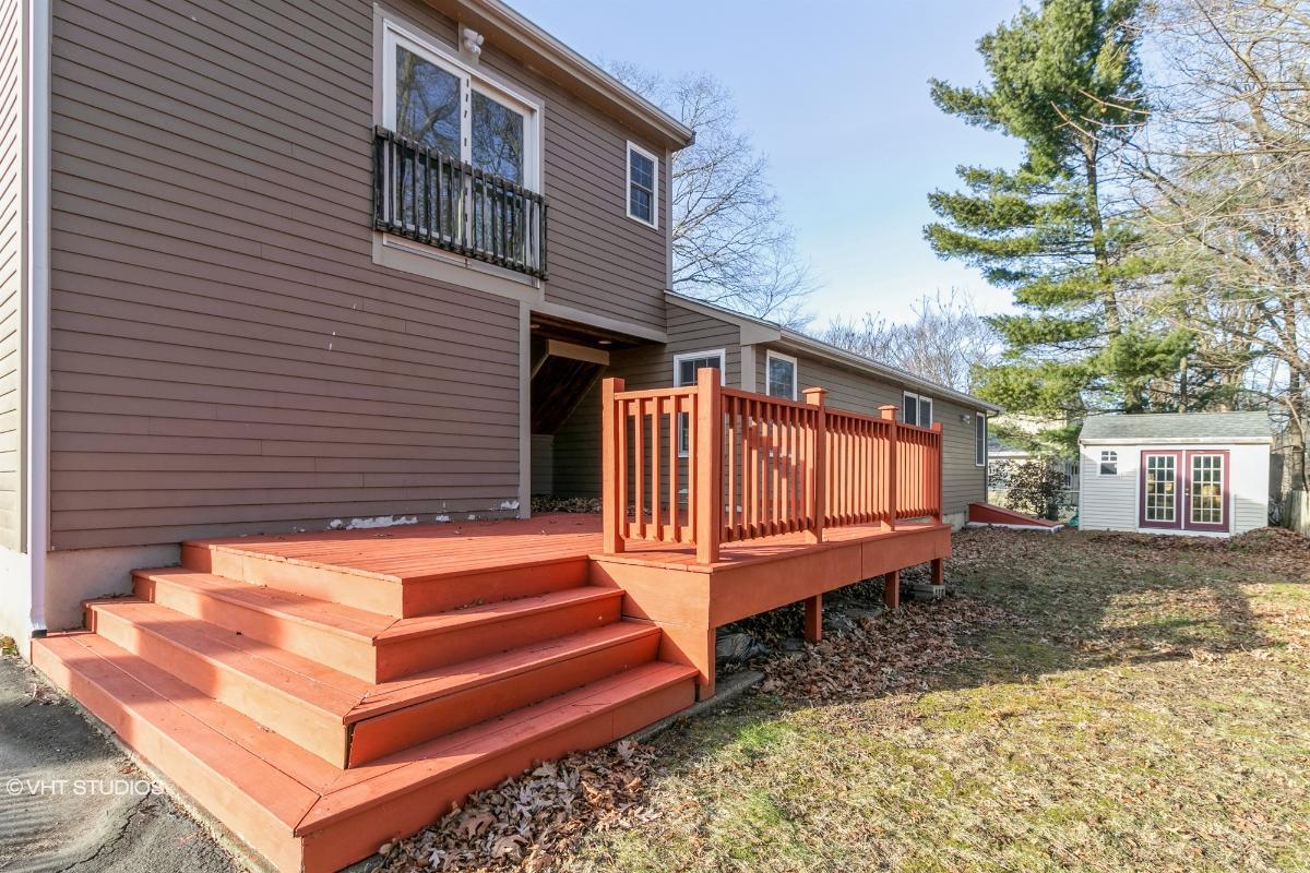 67 Carrlyn Rd, Brockton, Massachusetts