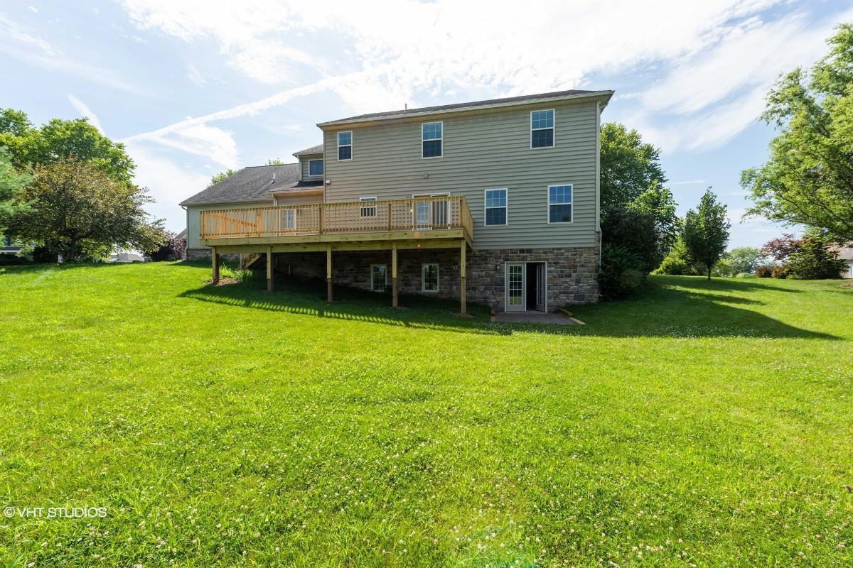 1259 Aylesbury Ln, York, Pennsylvania