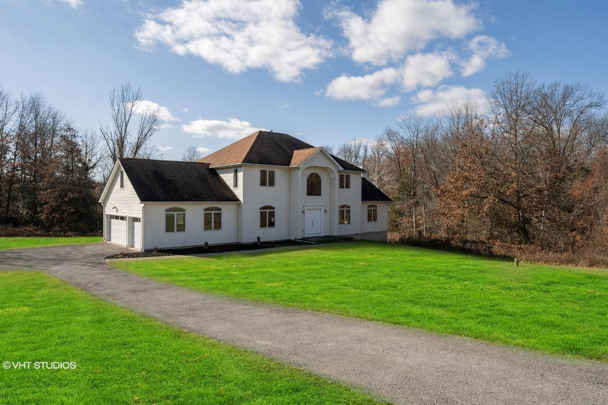 6 Wynthrop Manor Dr, Goshen, New York