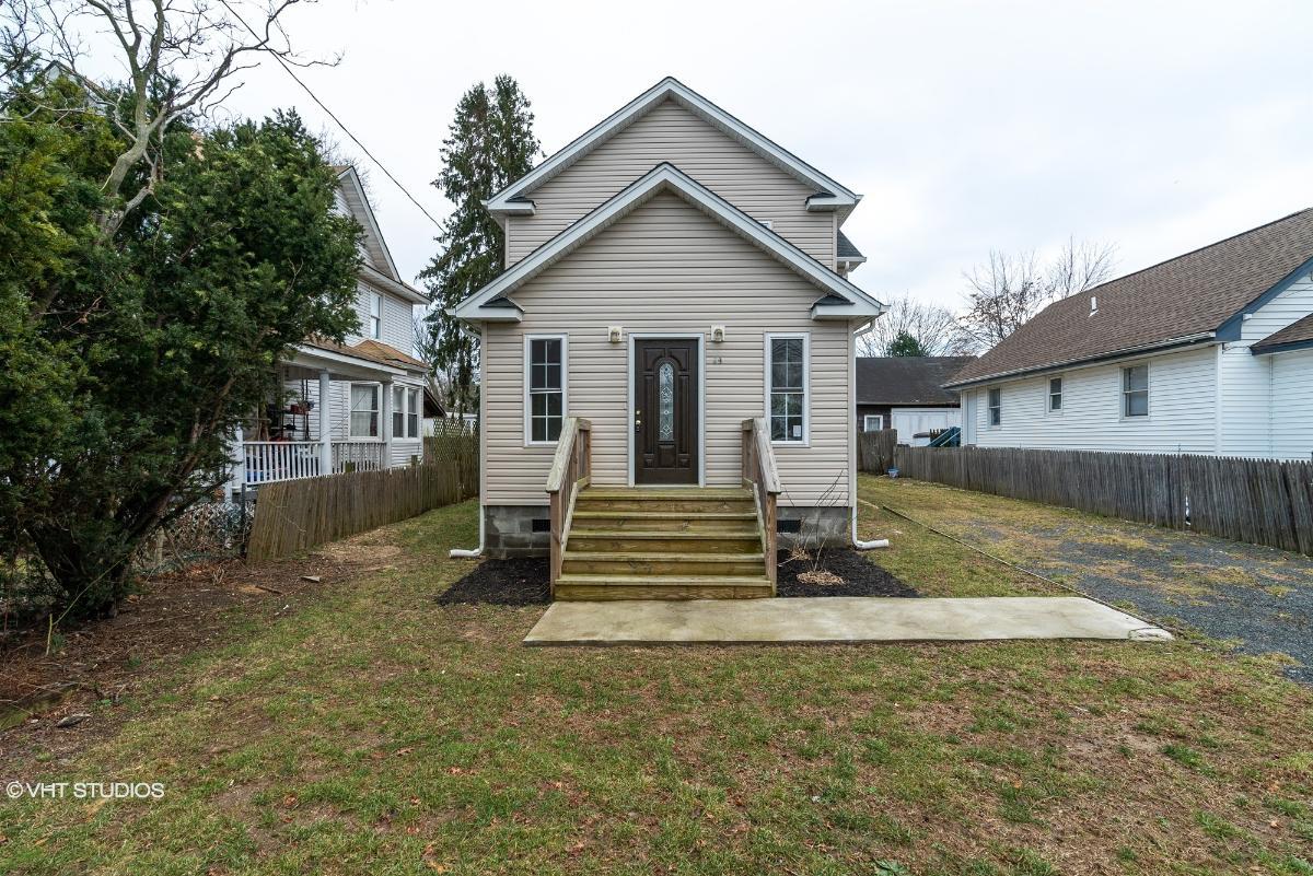 59 Oak St, Amityville, New York