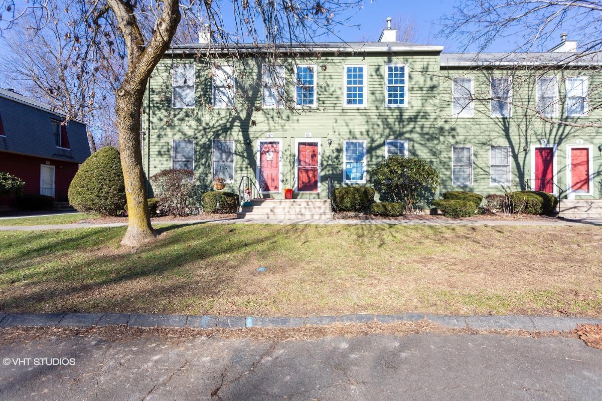 12 Riverview Dr Unit B, East Windsor, Connecticut