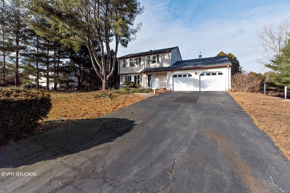 11 Independence Ln, North Haven, Connecticut