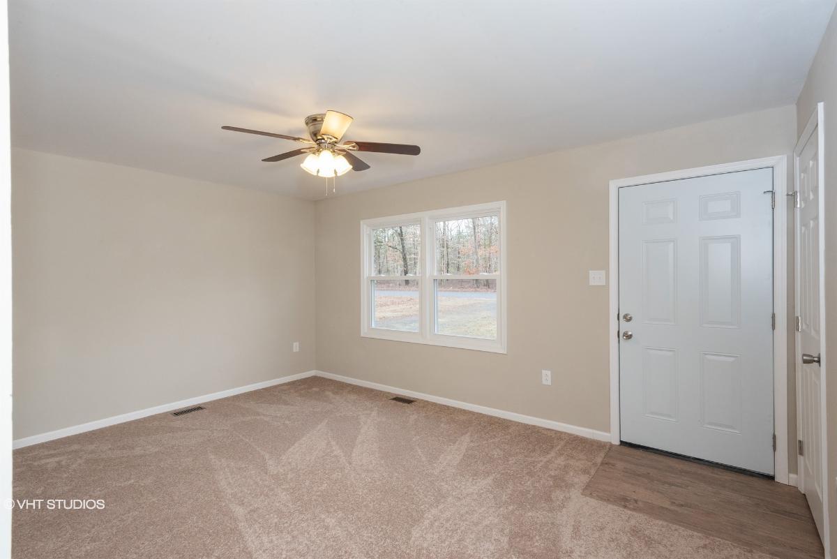 106 Gardner Blvd, Newtonville, New Jersey
