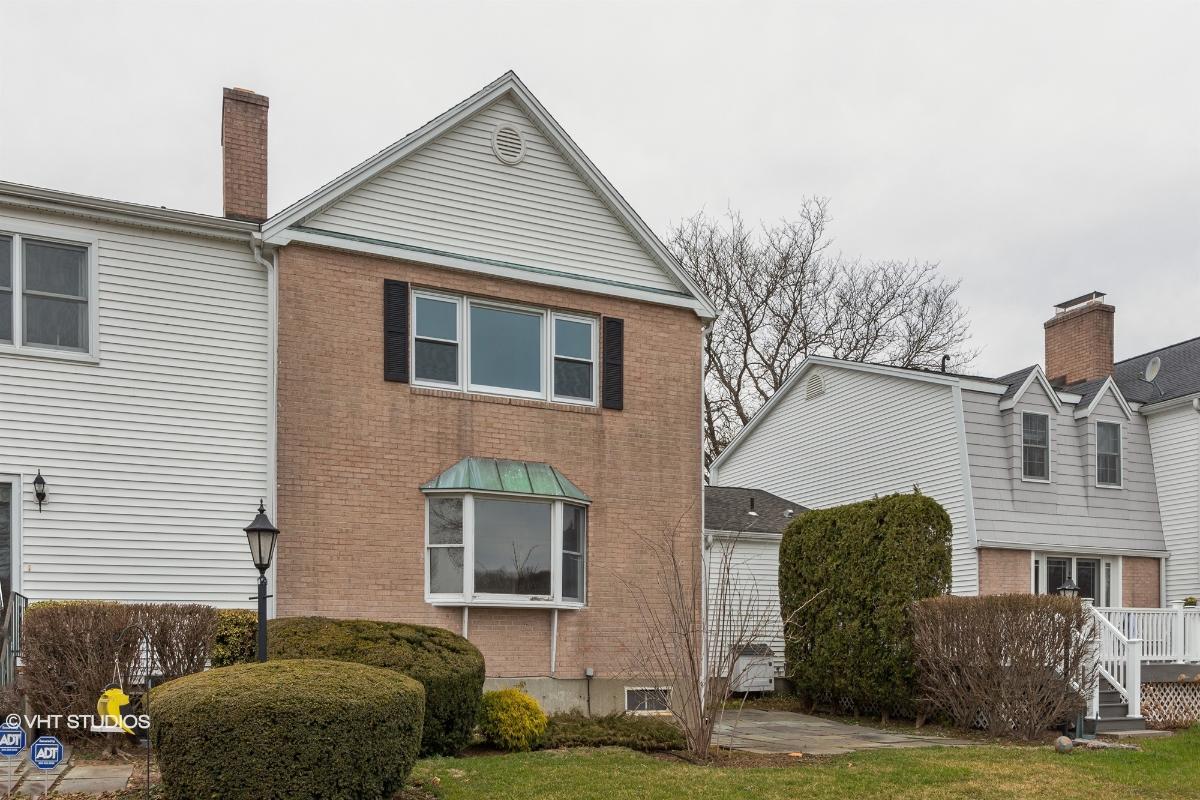 504 Jamestown Rd, Stratford, Connecticut