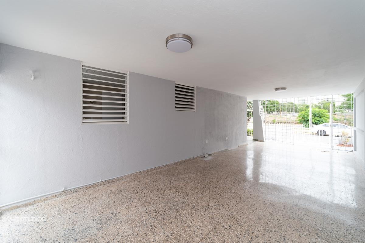 881 Estornino St Country Club 1, San Juan, Puerto Rico