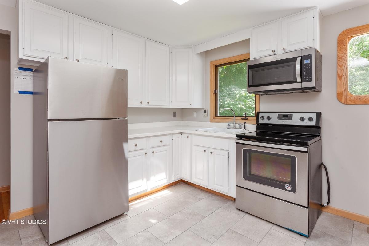 176 Wheeler Rd, Monroe, Connecticut