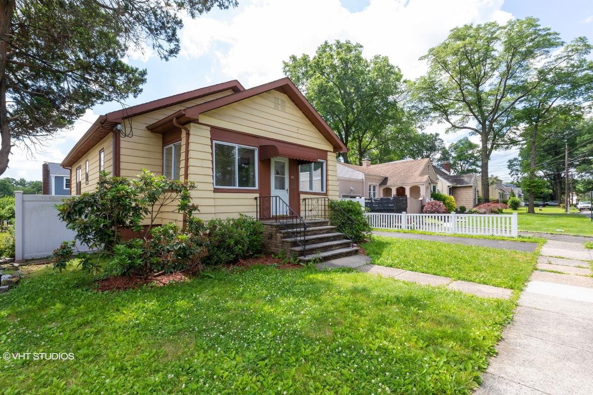 40 Livingston Ave, Avenel, New Jersey
