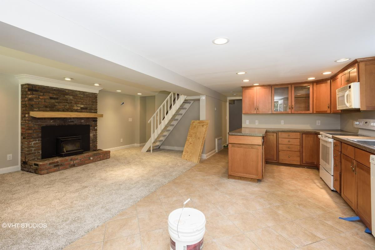 527 Tranquility Dr, Highland Lakes, New Jersey