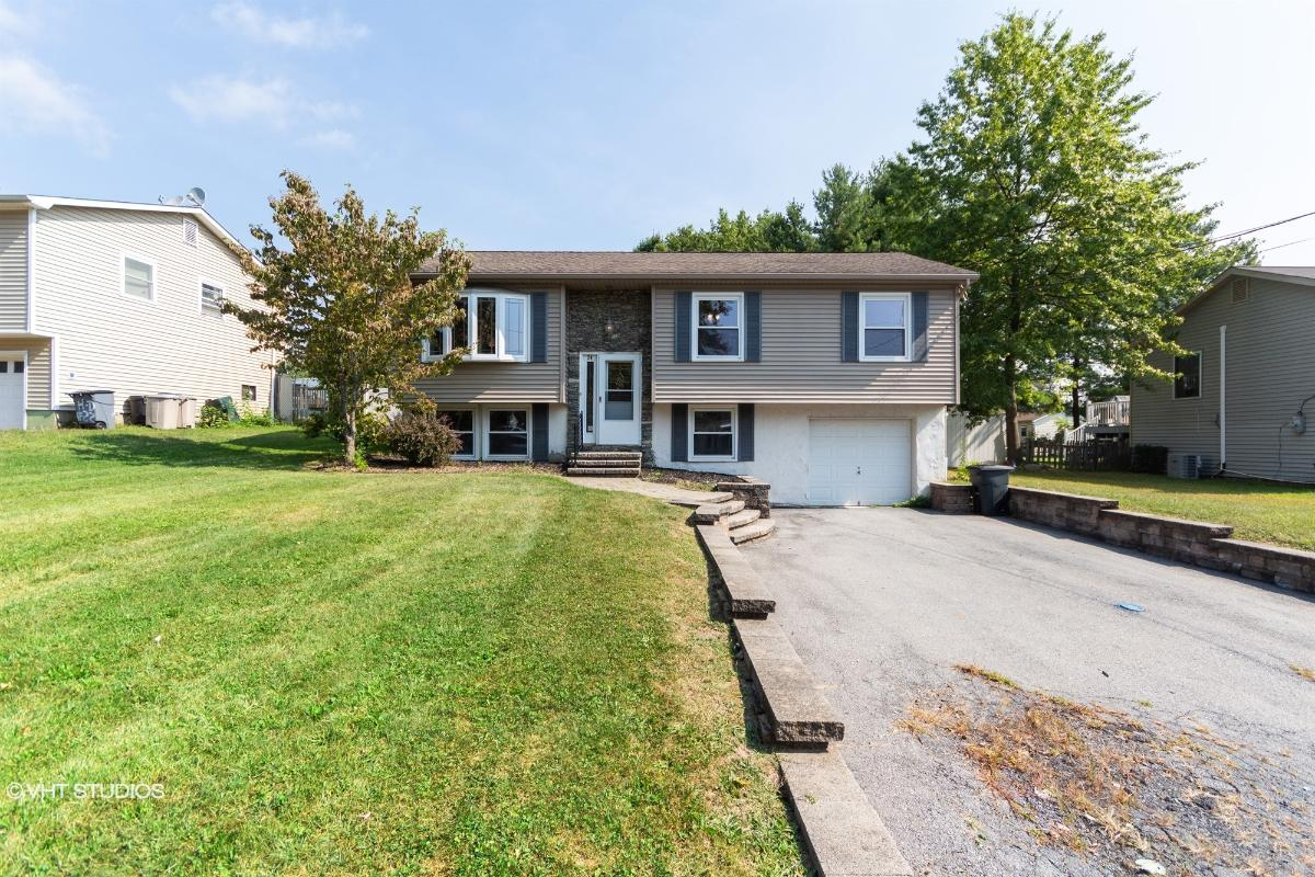 24 Maple Drive, Middletown, New York