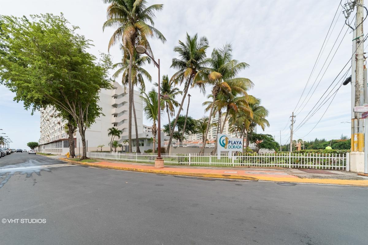 Apt A519 Playa Dorada Cond, Carolina, Puerto Rico