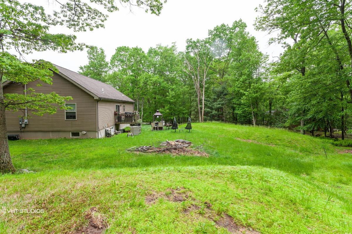 101 Spruce Pl, Milford, Pennsylvania