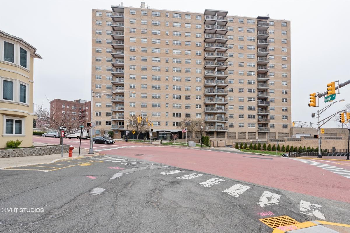 7100 Kennedy Blvd E 9g, Guttenberg, New Jersey
