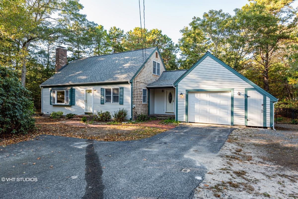 389 Red Brook Road, Mashpee, Massachusetts