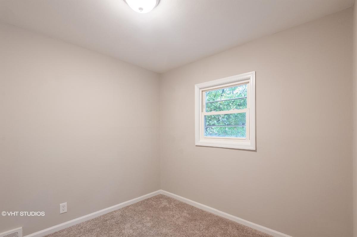 215 Sanzari Pl, Maywood, New Jersey