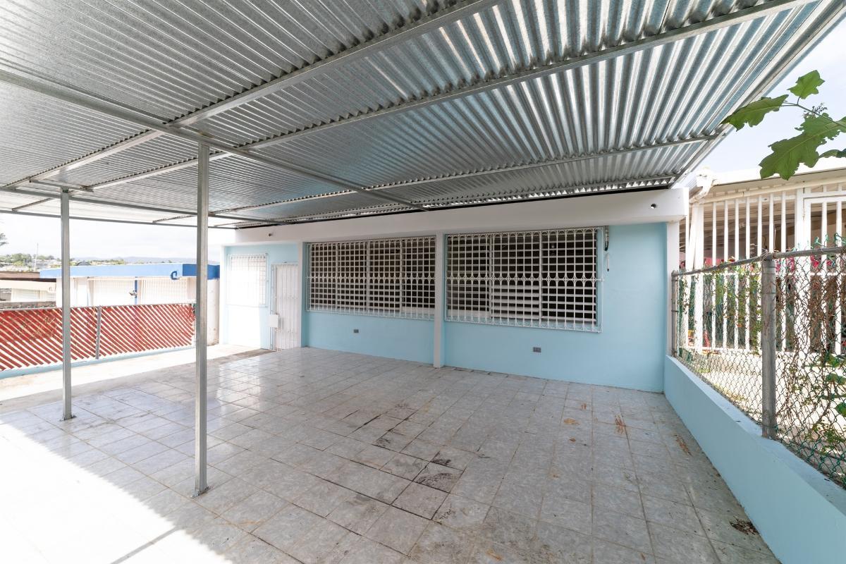 M10 La Providencia 10 Bloque M1 Calle 8 Urb La Providencia, Toa Alta, Puerto Rico