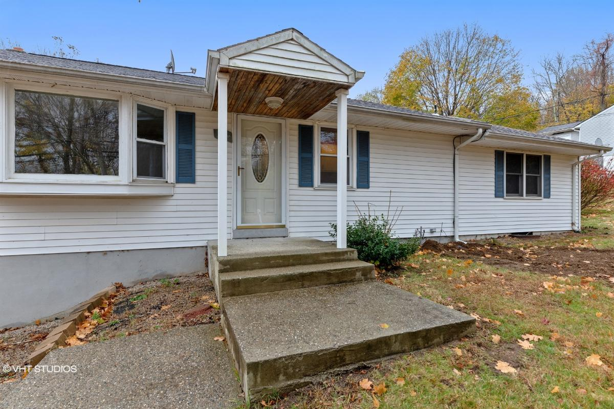 10 Sharp Hill Rd, Uncasville, Connecticut