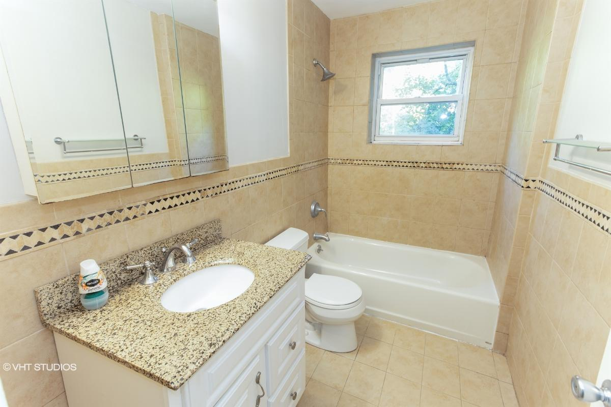 12 Fieldstone Dr Unit 372, Hartsdale, New York