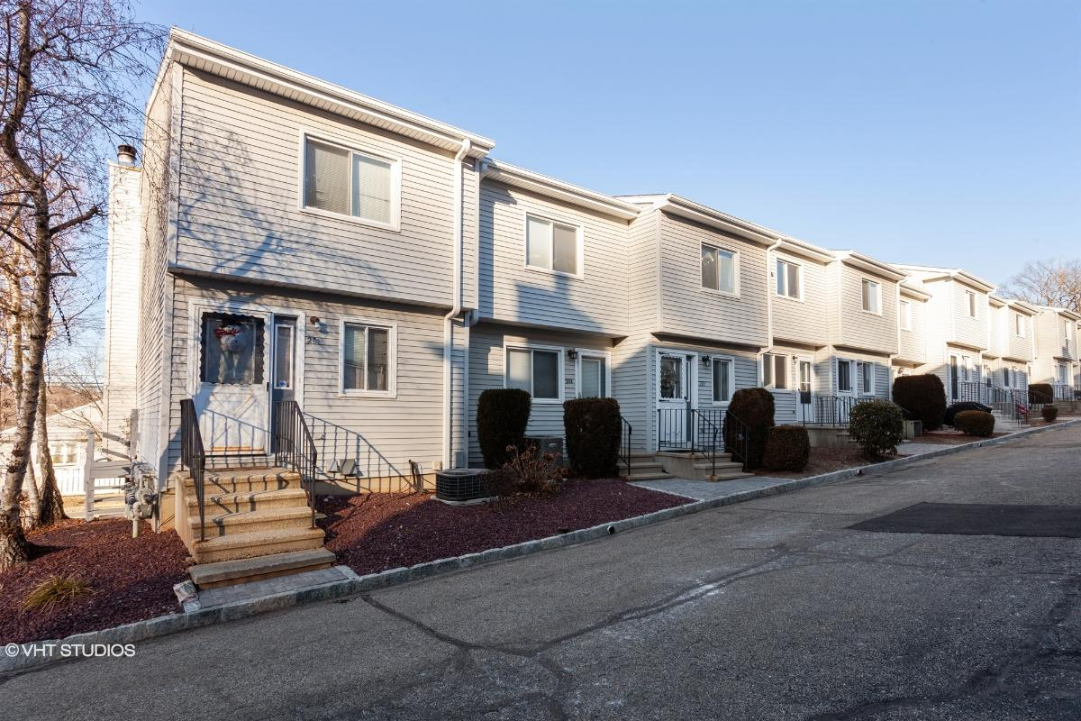 273 Derby Avenue Unit 204, Derby, Connecticut