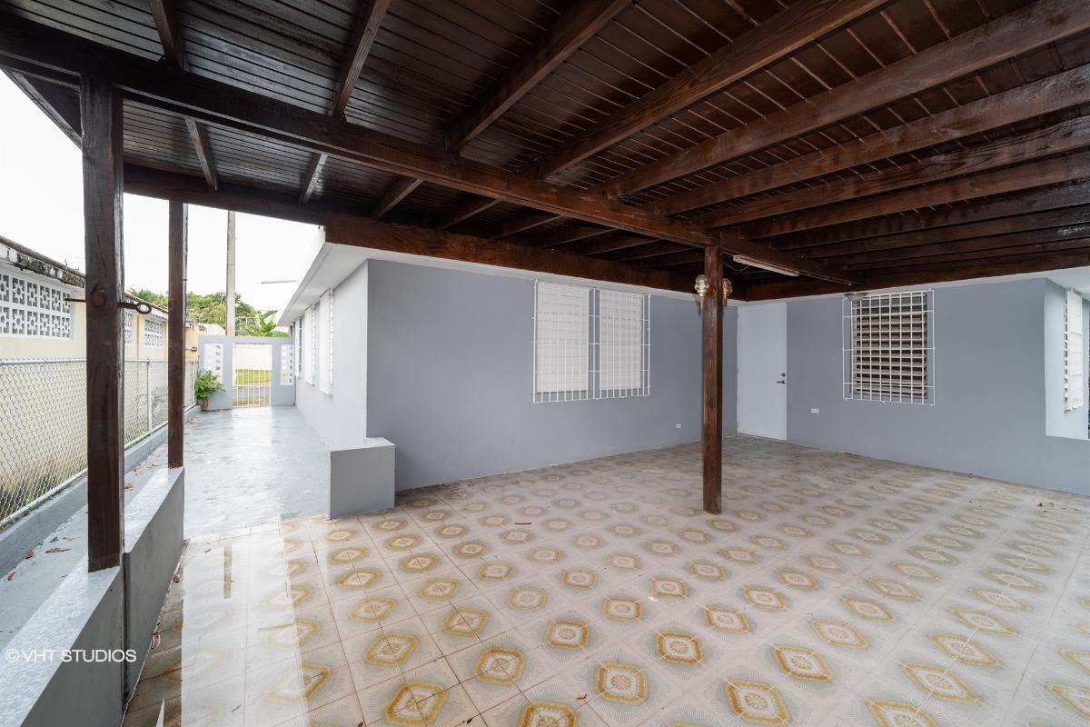Santa Monica Dev 13 St G 35, Bayamon, Puerto Rico
