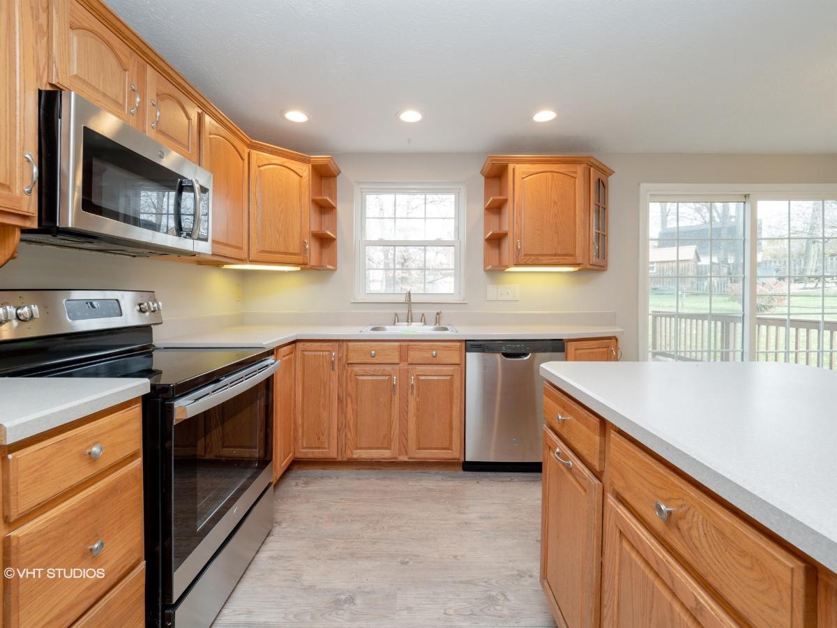 206 E White Oak St, Delmont, Pennsylvania