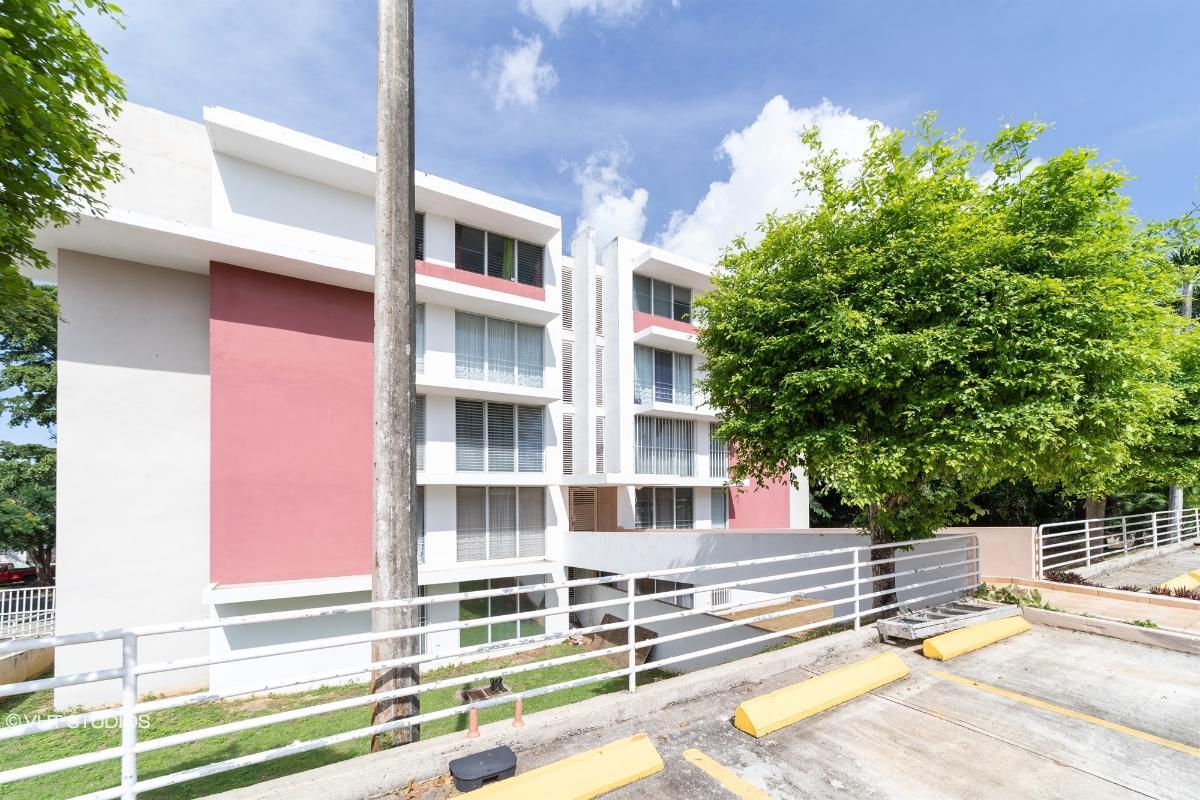 Cond Dos Pinos Plaza Apt 301b, San Juan, Puerto Rico