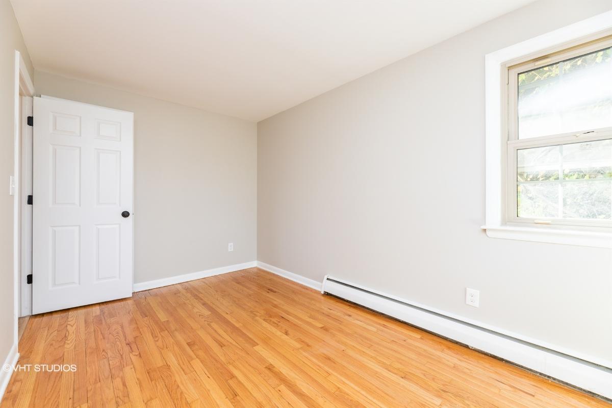 240 Windsorville Rd, Ellington, Connecticut