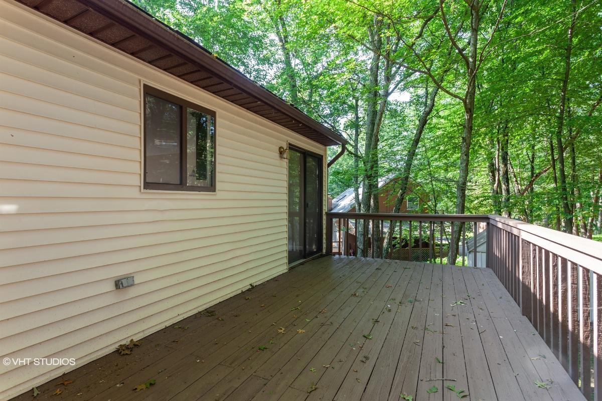 230 Chipmunk Rd, Bushkill, Pennsylvania