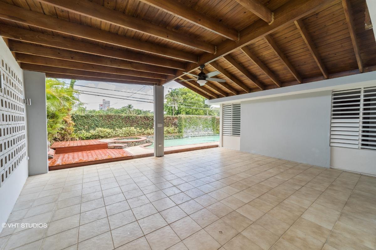 Urb Villa Clementina E11 Calle Nueva, Guaynabo, Puerto Rico