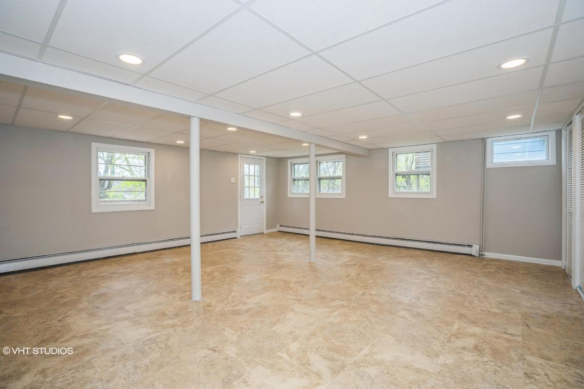 11 Starboard Rd, Hopatcong, New Jersey