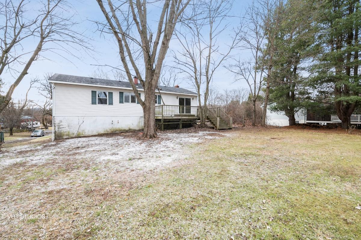 347 River Rd N, Wappingers Falls, New York