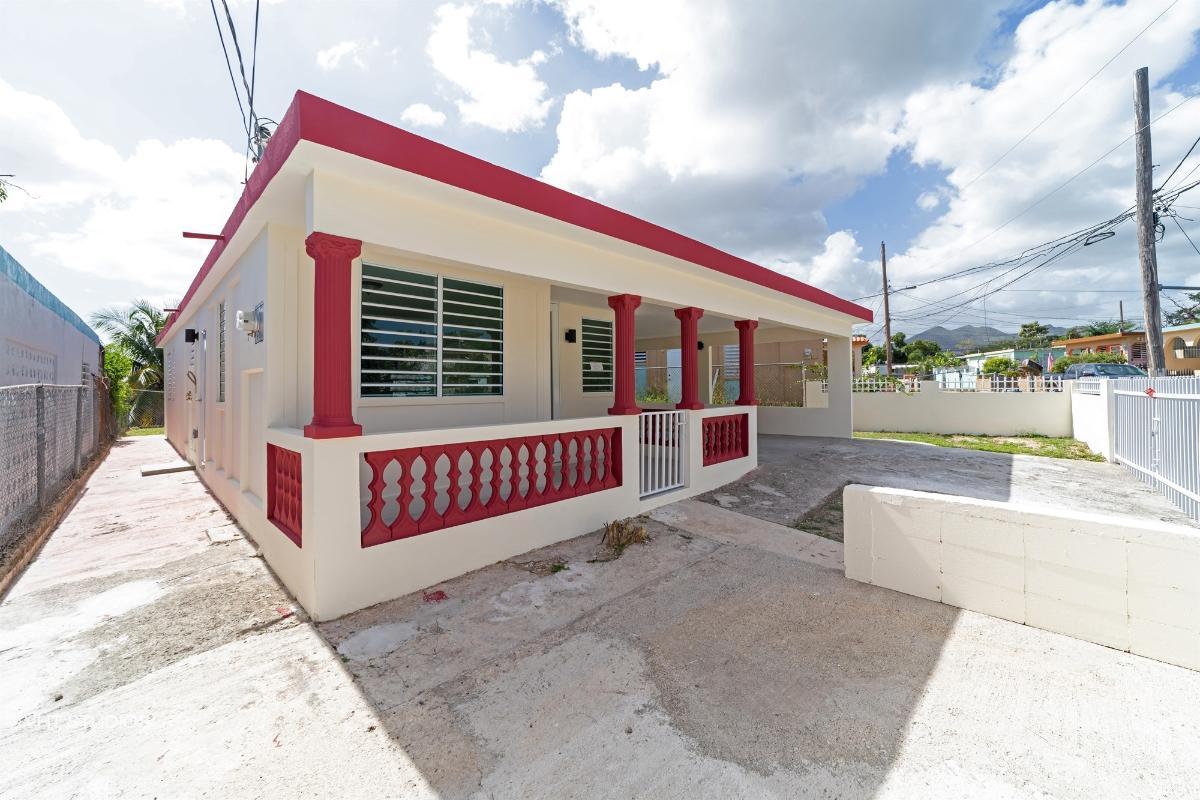 A28 2 St Santa Ana Dev, Coamo, Puerto Rico