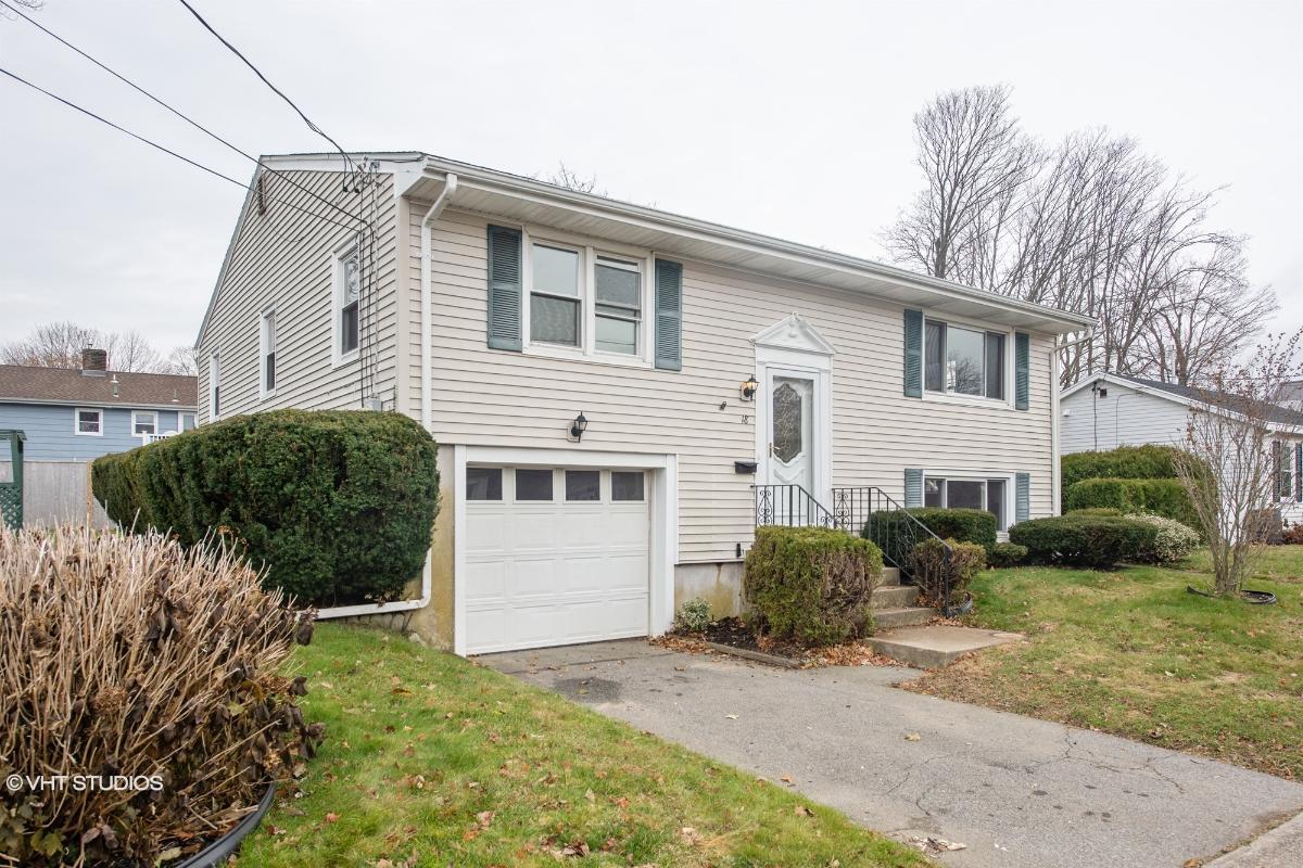 18 Mumford Ave, Newport, Rhode Island
