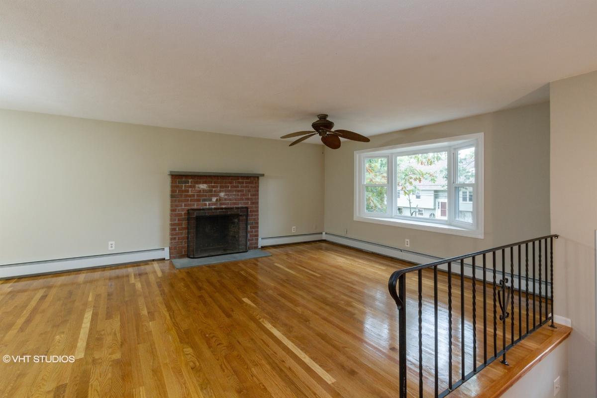 64 Rockridge Rd, Lincoln, Rhode Island