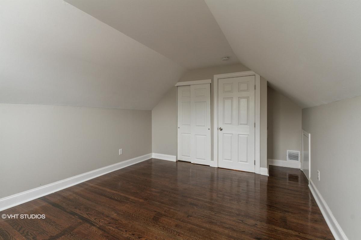 405 Jefferson Ct, Glendora, New Jersey