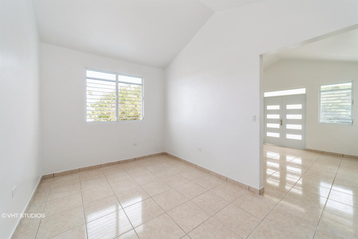 4 4 Km 467 Interior Camaseyes Solar 7 Paseo Lomas Llanas, Aguadilla, Puerto Rico