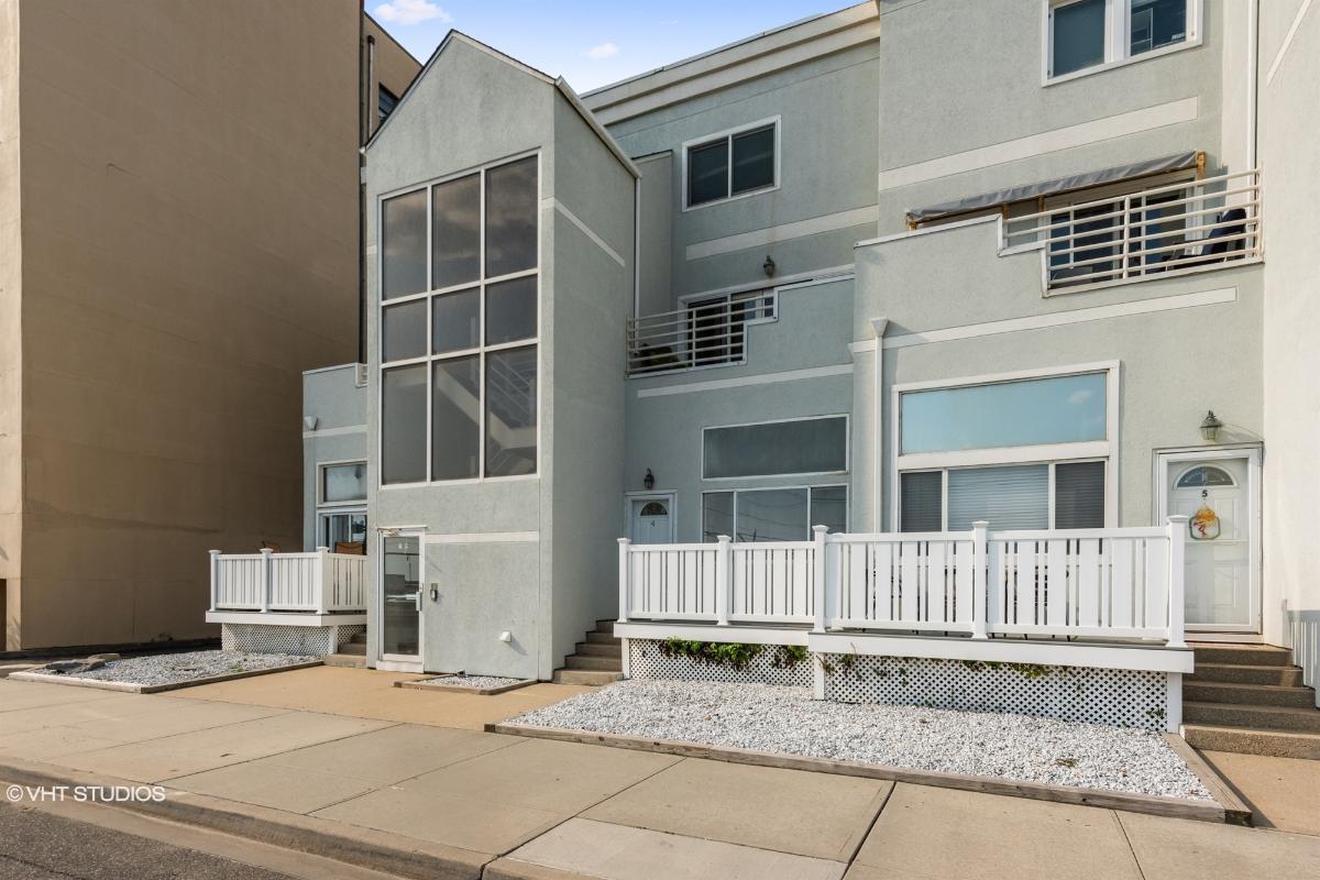 45 E Broadway Unit 102, Long Beach, New York