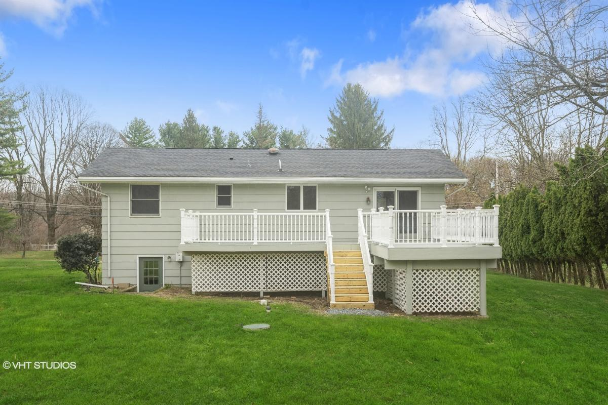 197 County Rd 579, Bloomsbury, New Jersey