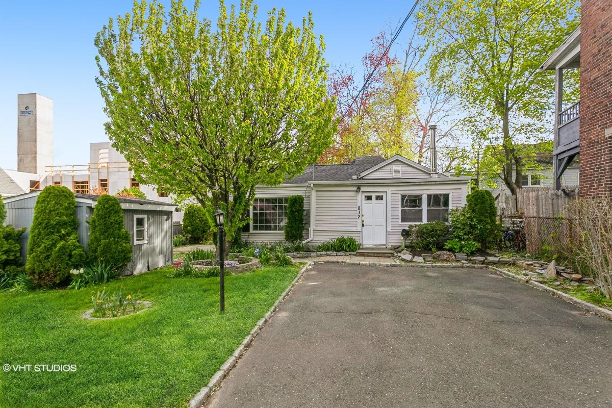 832 Brewster St, Bridgeport, Connecticut