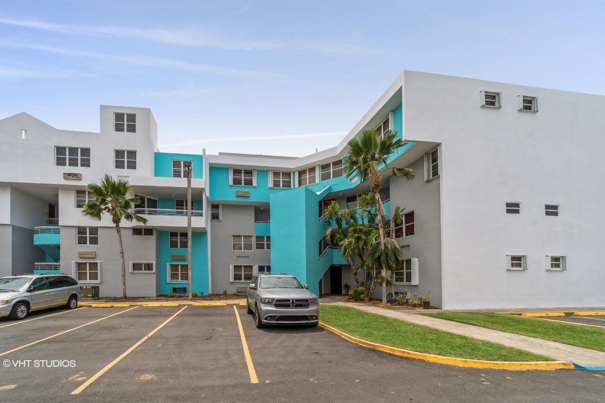Cond Chalets La Play Apt 190, Vega Baja, Puerto Rico
